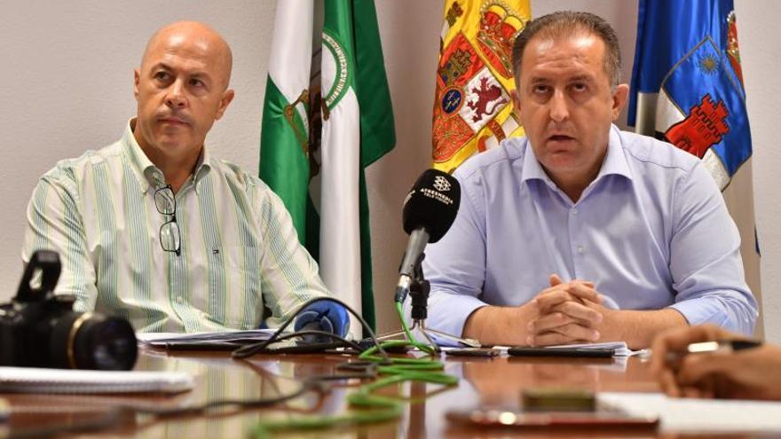 Rifirrafe entre Vox y dos ediles de Roquetas (Almería) que dejan el partido