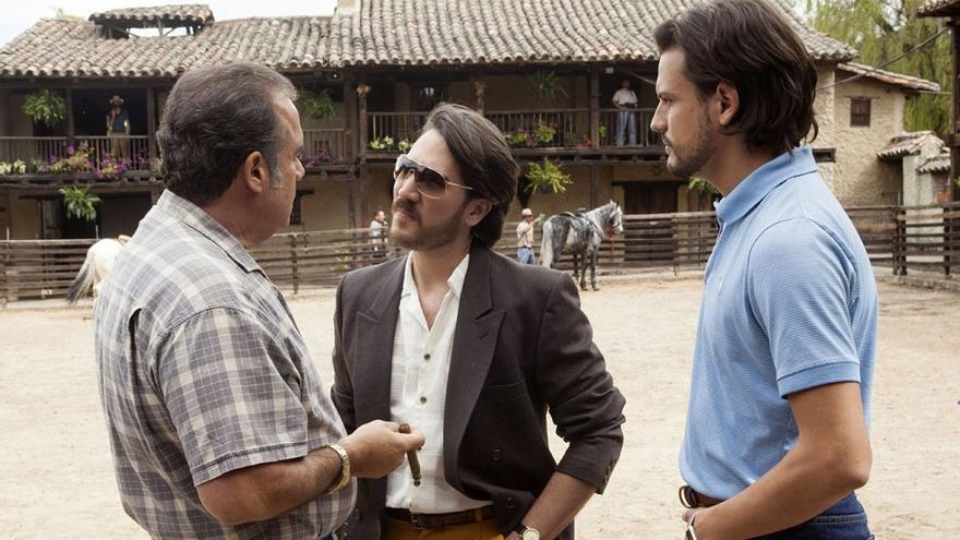 El actor Alberto Ammann, durante el rodaje de la serie 'Narcos'