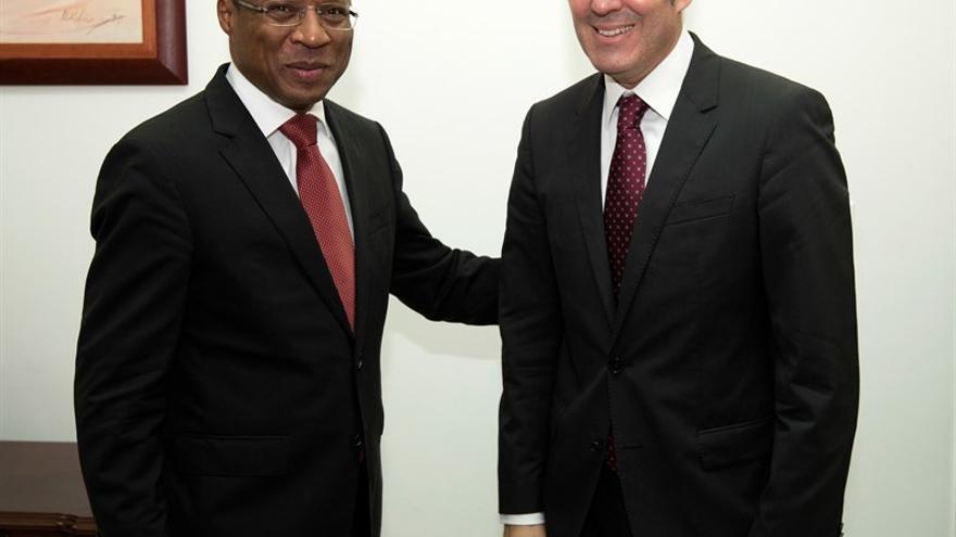 Ulisses Correia recibe a Fernando Clavijo durante su visita oficial a Cabo Verde