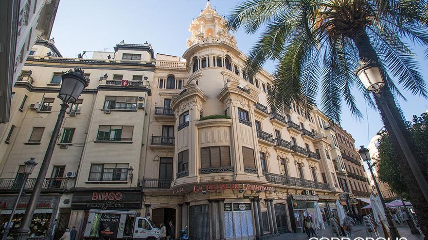 Edificio sobre el Bingo y junto a la Casa Colomera, que se convertirá en 37 apartamentos turísticos   MADERO CUBERO