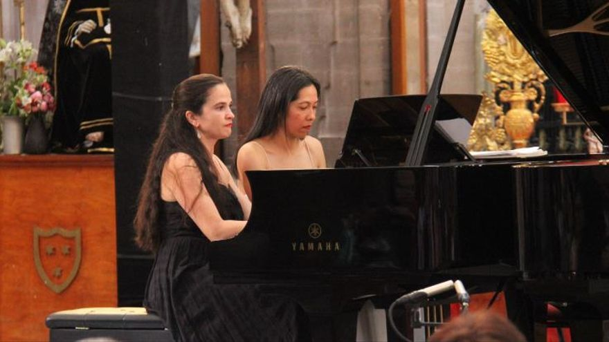 Dúo de piano de Bulgaria y México hace alarde de elegancia en el Cervantino