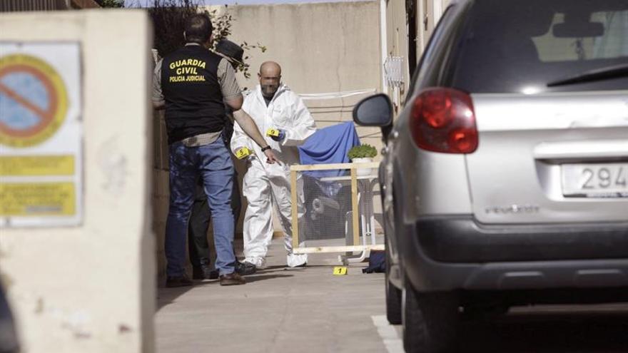 Las mujeres tiroteadas en Tavernes siguen ingresadas en estado grave