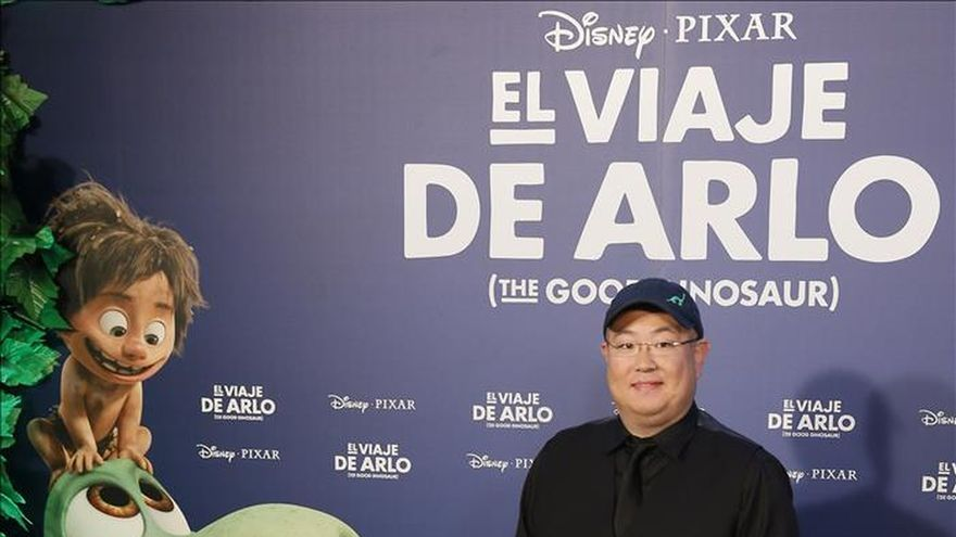 """Pixar humaniza a los dinosaurios en """"El viaje de Arlo"""""""