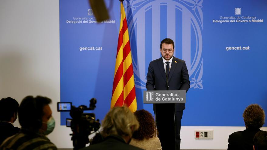 Aragonès exige a Sánchez que retire las euroórdenes contra los líderes huidos