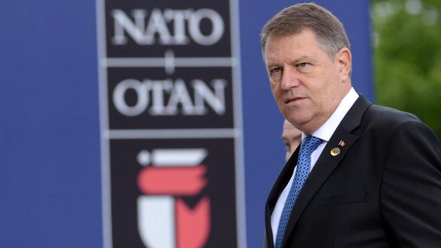 El presidente de Rumanía designará al primer ministro después de la Navidad