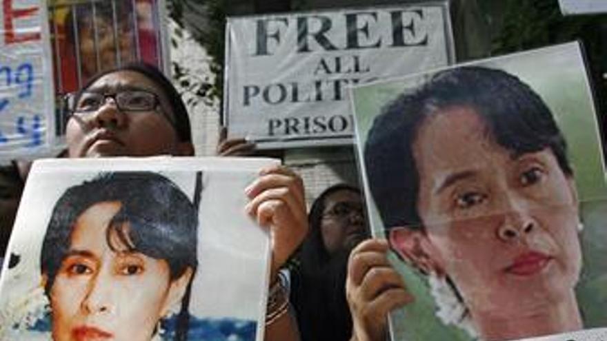 Los abogados de Suu Kyi recurren su arresto domiciliario ante el Supremo