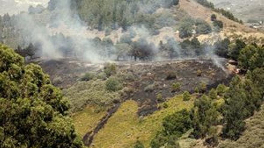 El incendio no se declarará oficialmente extinguido hasta que se establezca la condición de 'humo cero'. (ACFI PRESS)