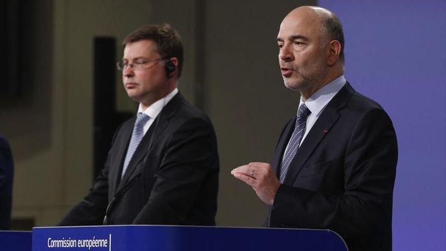 La CE cancela la multa a España por incumplir el déficit