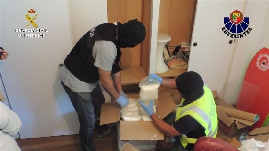 Desmantelan una red de distribución de drogas sintéticas con 78 kilos de speed incautados y doce detenidos