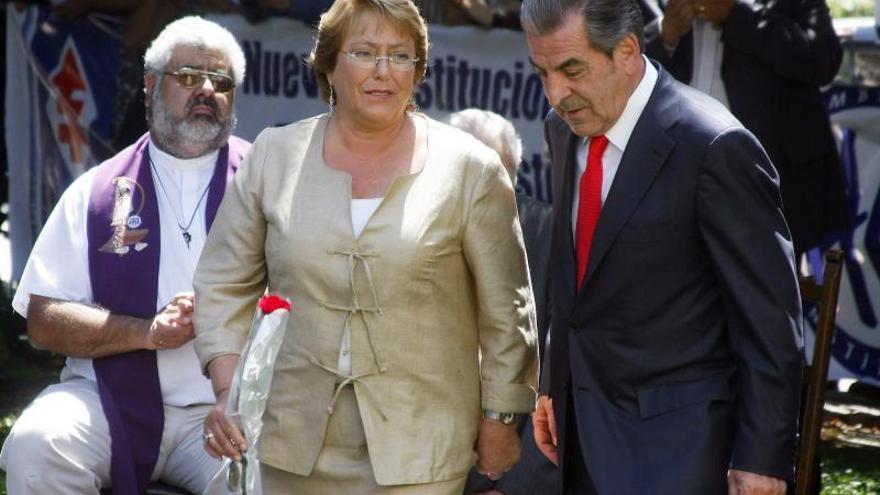 Comunistas asisten por primera vez a acto de la Democracia Cristiana chilena