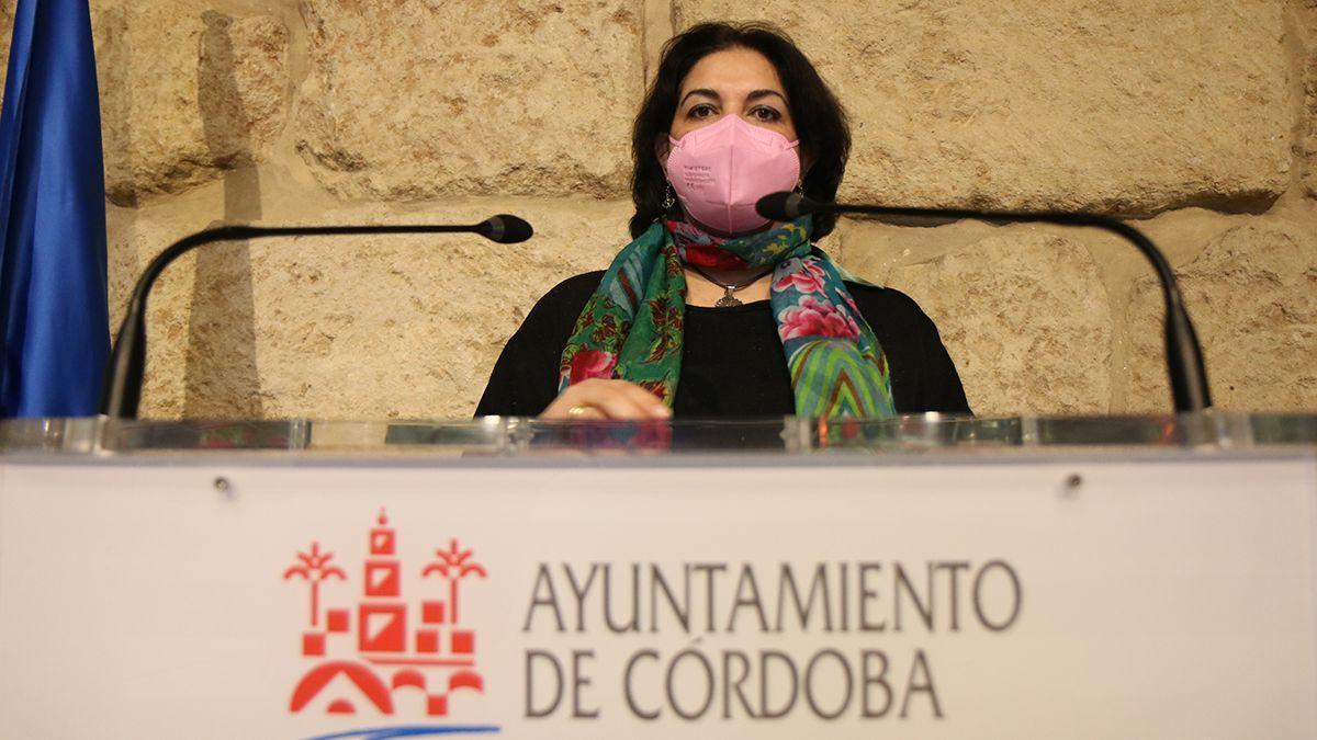 La teniente de alcalde de Servicios Sociales, Eva Timoteo.