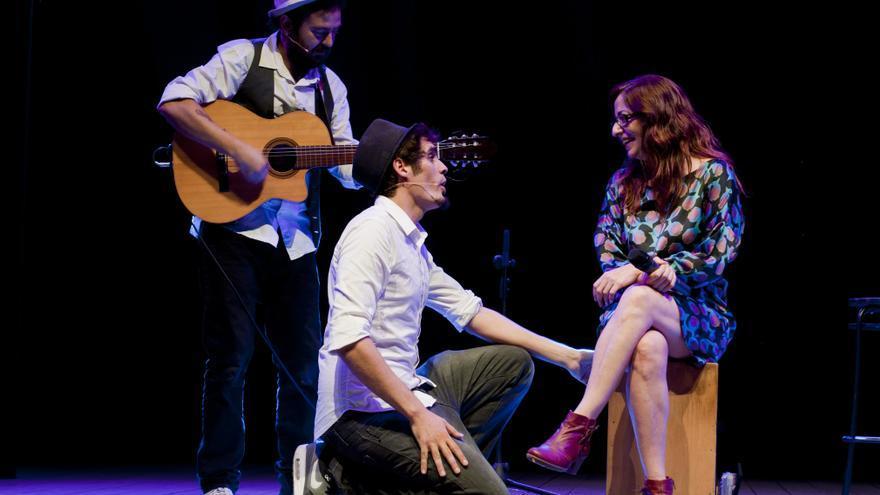 Un momento de una de las actuaciones de la compañía Al Tran Tran