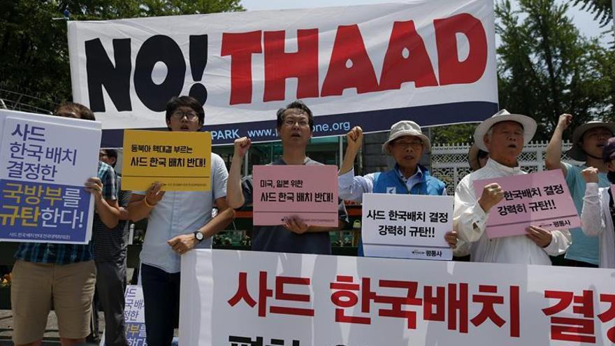 Seúl y Washington verifican la seguridad del escudo antimisiles ante las protestas
