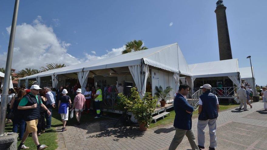 Feria de artesanía de Maspalomas organizada por el Cabido de Gran Canaria en 2018.