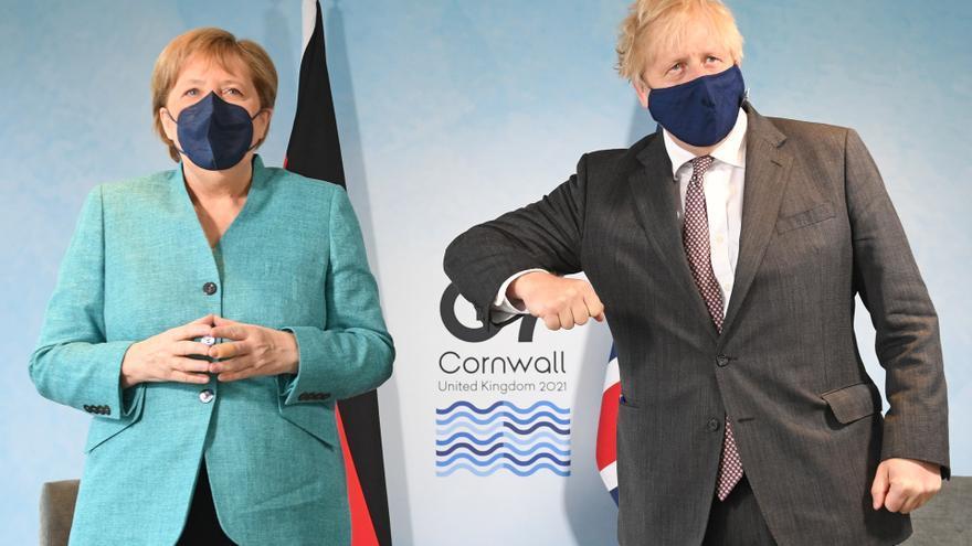 La «guerra de las salchichas» entre Reino Unido y la UE irrumpe en la cumbre del G7