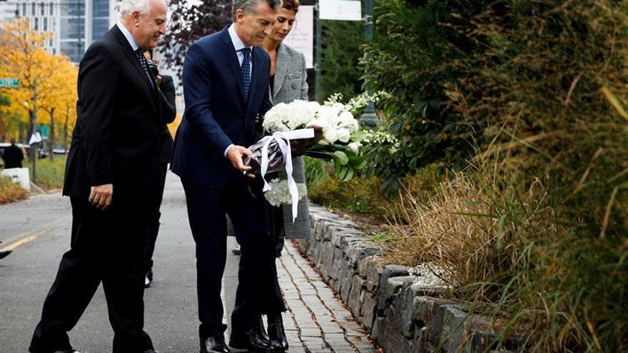 Macri y el alcalde Nueva York rinden tributo a las víctimas argentinas del atentado