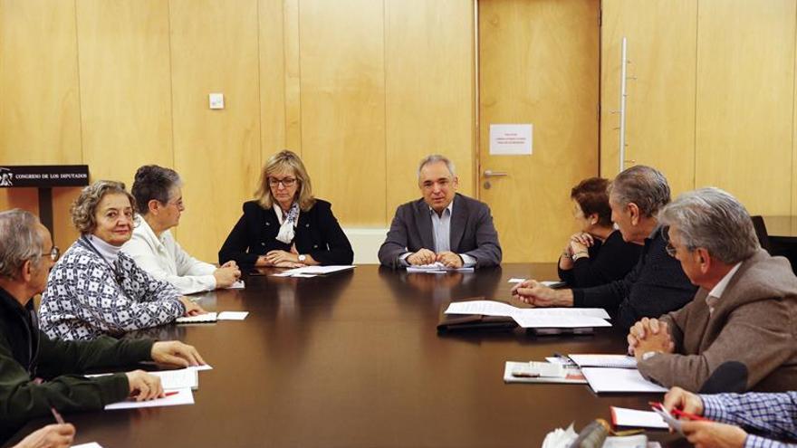 """El PSOE pide subir las bases máximas de cotización """"más allá"""" del 3 %"""