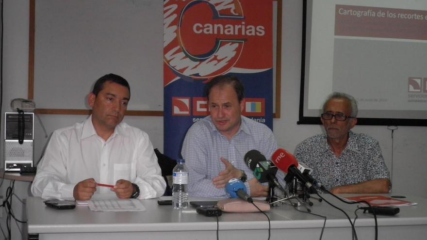 José Manuel Vera (c), secretario general del Sector de la Administración General del Estado