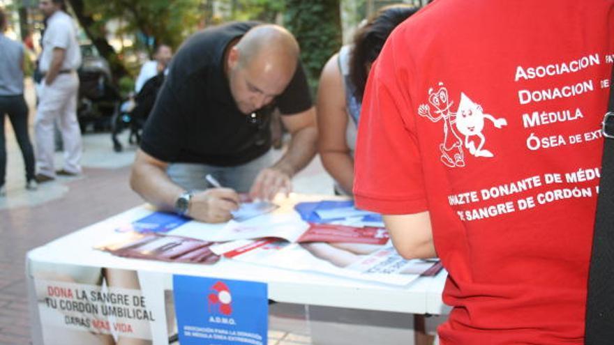 Campaña de la Asociación de Donantes de  Médula Osea de Extremadura