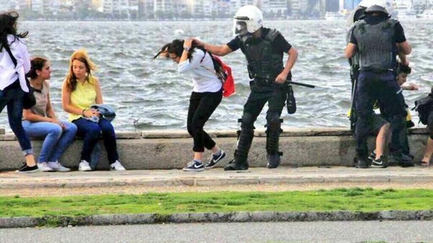Policia turca via tuit