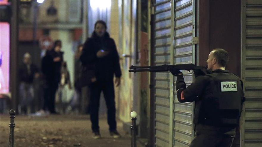 El colegio belga de un suicida de París había advertido de su radicalización