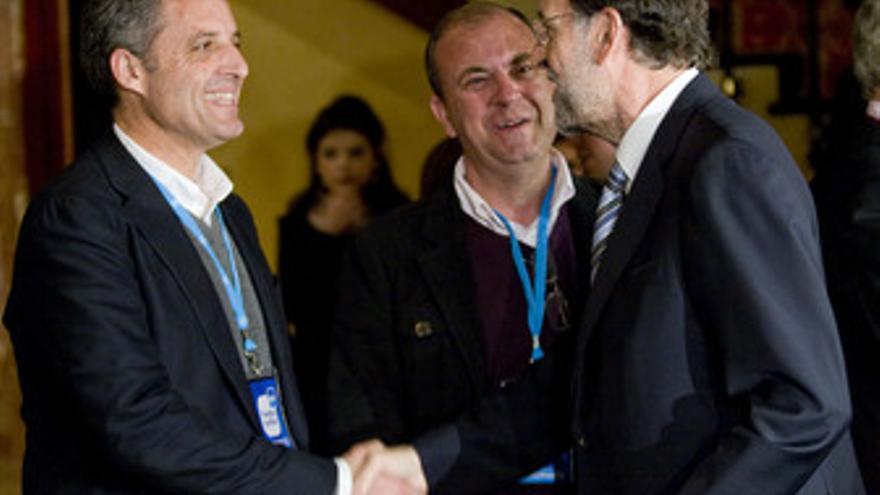 Saludo de Camps y Rajoy