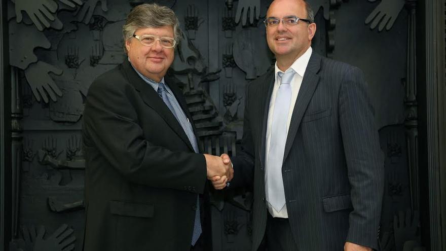 En la imagen, Alberto Delgado y Anselmo Pestana.
