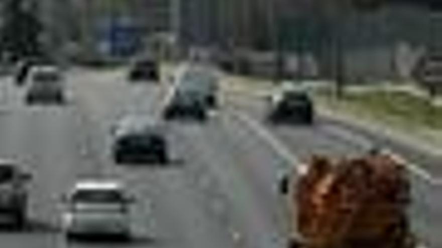 La DGT tramita la retirada del carné de más de 25.300 conductores