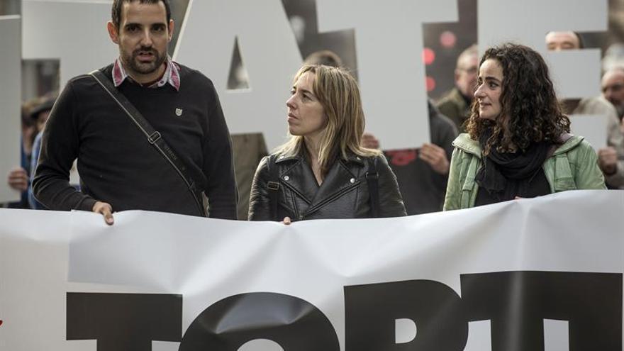 Miles de personas piden en Bilbao reparación para víctimas de torturas