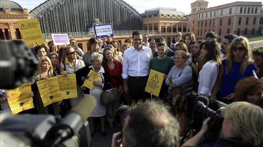 """Pedro Sánchez dice que """"le importa poco que pierda Gallardón, gana la libertad"""""""