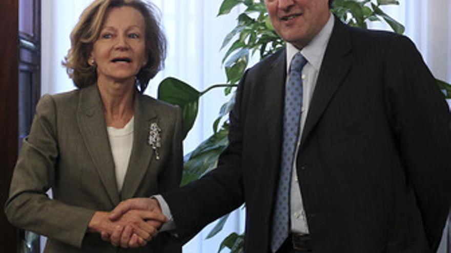 Joan Rosell con Elena Salgado