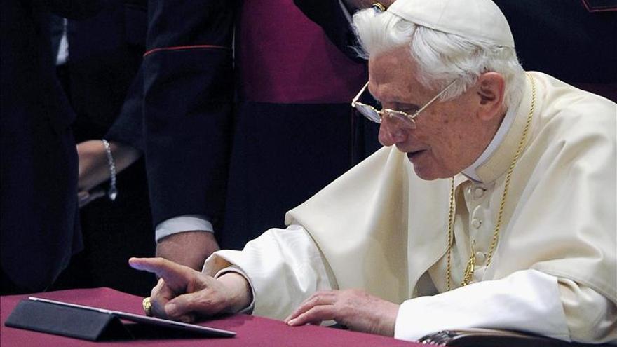 El papa tiene 3.730 seguidores en su cuenta en latín antes de empezar a tuitear
