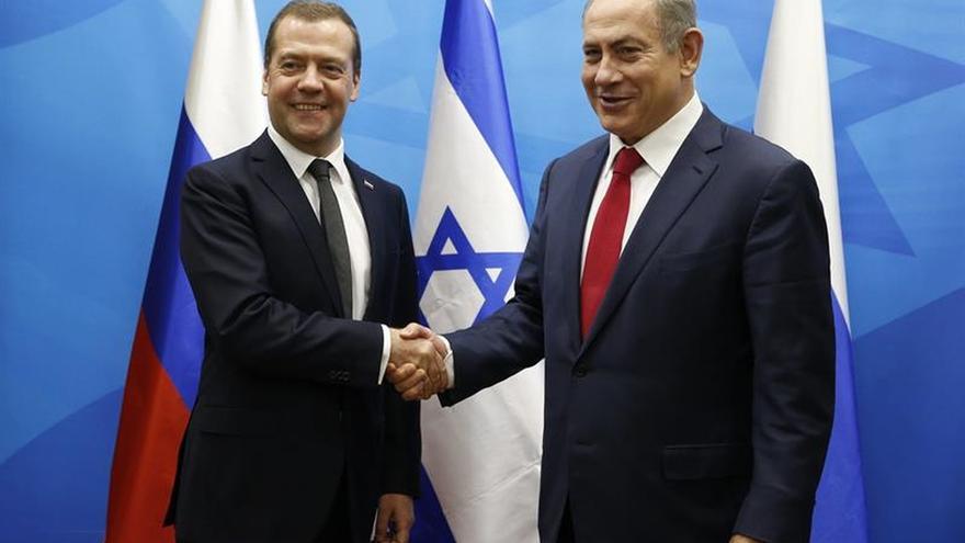 Medvédev visita Israel para fortalecer las relaciones en el 25 aniversario