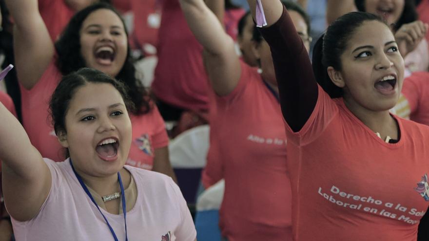 La lucha global por la igualdad de género, en primera persona: testimonios desde el activismo en Colombia hasta las primaveras árabes