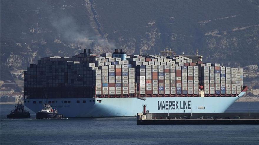 Irán libera el carguero retenido después de que Maersk garantizara el pago de la deuda