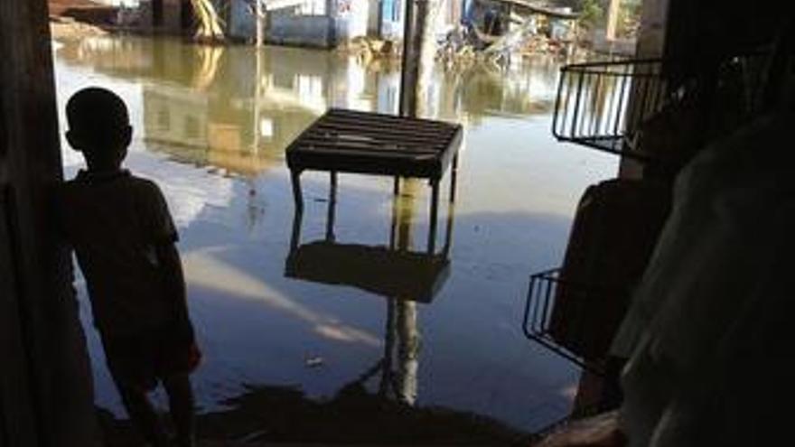 9.000 personas han sido evacuadas a causa del temporal en Argentina