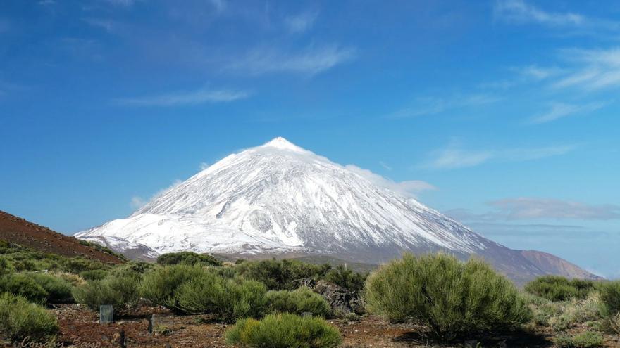 Una de las imágenes del Teide nevado compartidas por la Aemet