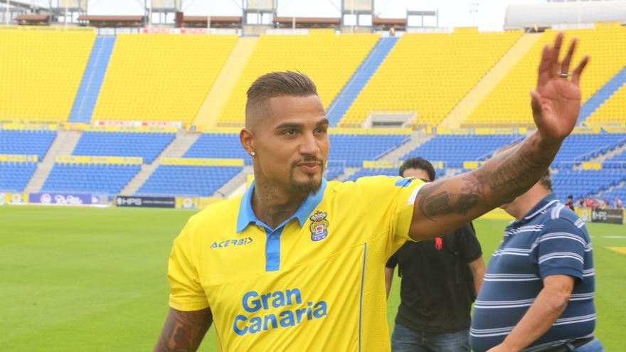 Presentación de Kevin-Prince Boateng en el Estadio de Gran Canaria como jugador de la UD Las Palmas. Alejandro Ramos.