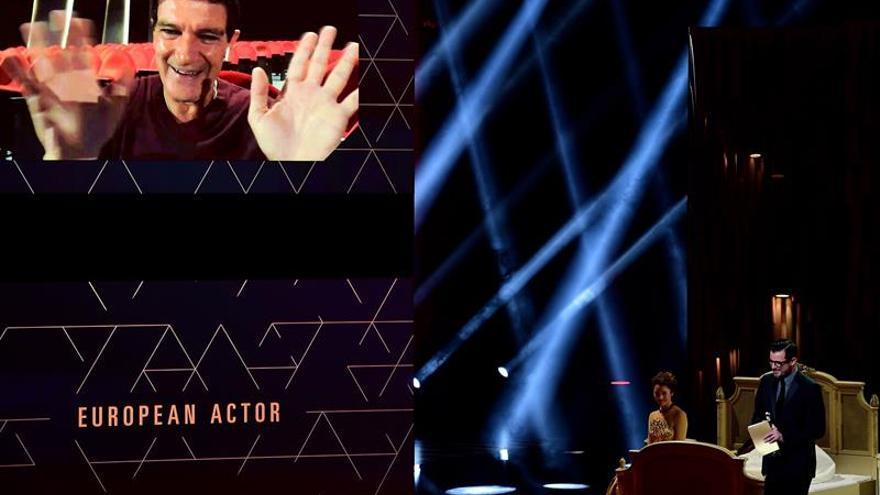Banderas, mejor actor europeo, apuntala su carrera a los Oscar