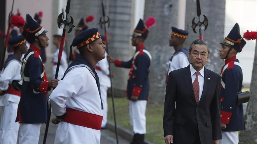 China hace una sólida defensa del multilateralismo en la cita ministerial del BRICS