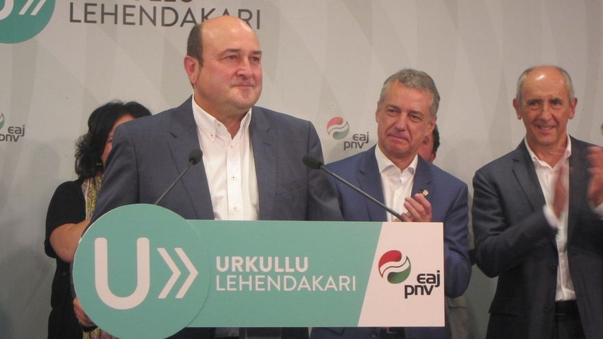 Ortuzar (PNV) afirma que ahora hay que poner en marcha en programa de Gobierno y abrir línea de diálogo con los partidos