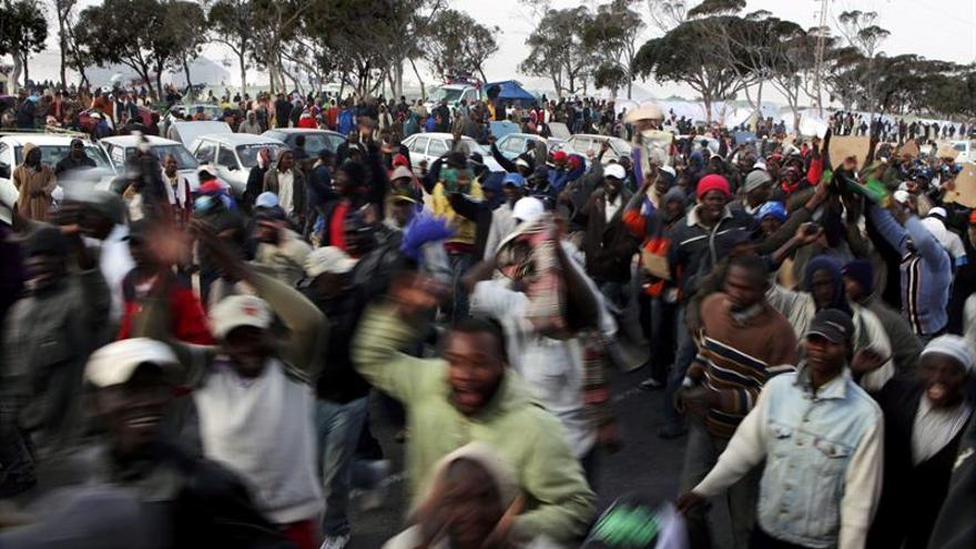 Argelia devuelve a Mali 433 emigrantes que no lograron llegar a Europa