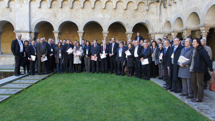 Ayuntamientos catalanes se unen para llevar al TC la reforma de la administración local