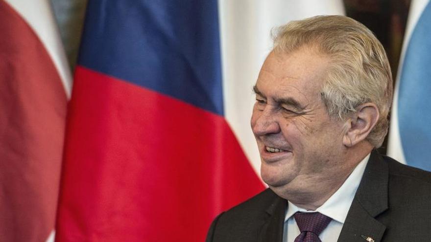 Praga asegura que los cinco checos liberados en Líbano se encuentran bien