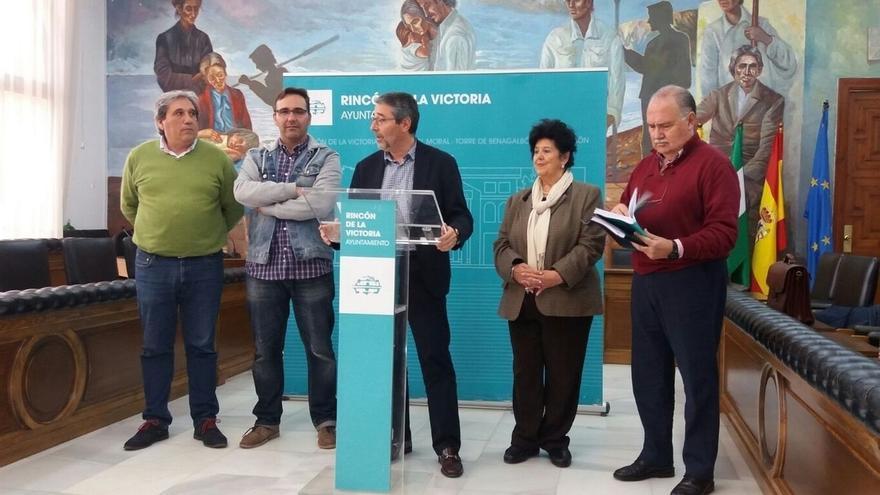 PP, PA y Cs ultiman una moción de censura en Rincón de la Victoria para desbancar al PSOE de la Alcaldía