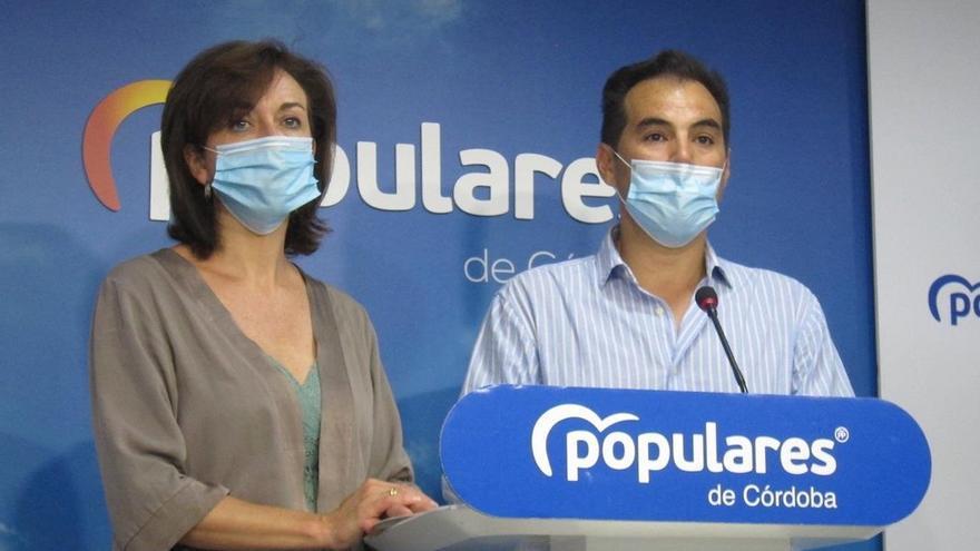María Luisa Ceballos y José Antonio Nieto.