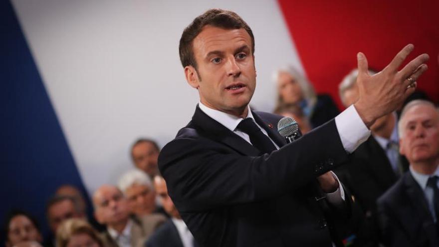 Macron reitera su rechazo a una solución militar en Libia