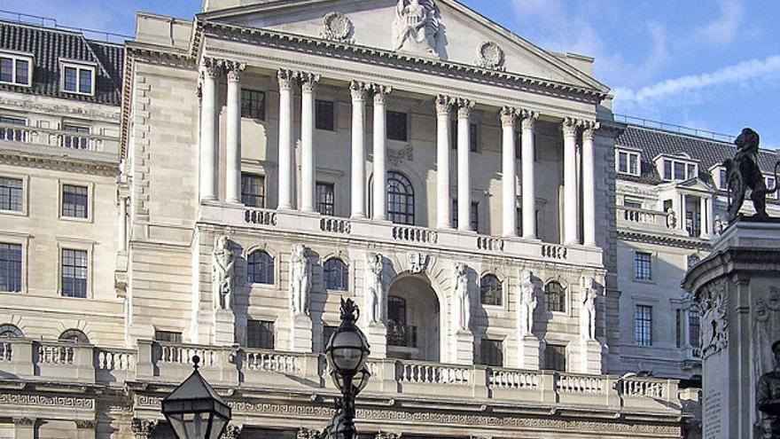 El Banco de Inglaterra, que regula la política monetaria de Reino Unido