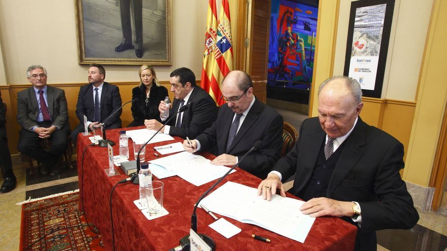 Firma del acuerdo entre el Gobierno de Aragón y BonÁrea.