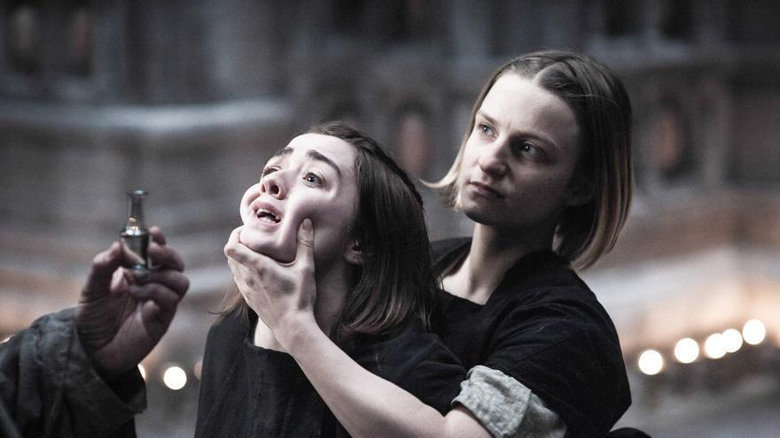 Arya a punto de morir
